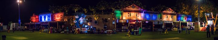 One Amazing structure ! Experience the best food after garba. Mirchi Khaugalli - Mirchi Rock N Dhol Ahmedabad Akash Aman Party Plot (Post 12 open for all) :p Shot by Karan Mistry @parshwa  mehta The K Effect Métier