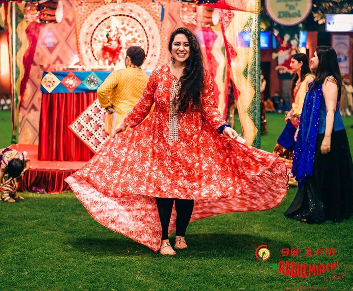 Rang maan Rang taali <3 thanks Karan Mistry loved this one !!! Mirchi Rock N Dhol Ahmedabad