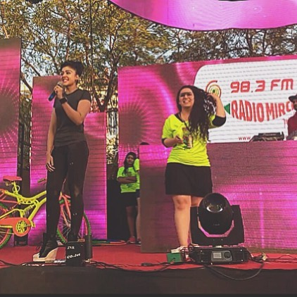 When @sapnavyaspatel joined the Neon Madness at Ahmedabad's Most Premium Night Run #mirchineonrun  As she says