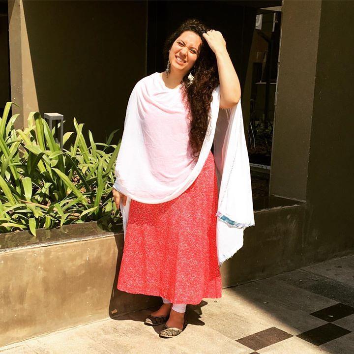 Ekta Sandhir,  sachurday