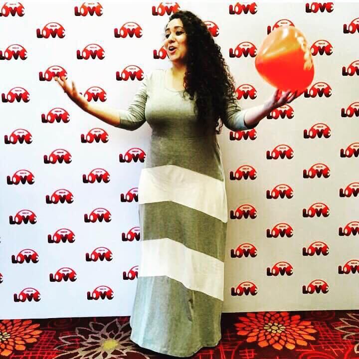 Amdavad Mein Pyaar Ka Pehla Saal !  A Year to Mirchi LOVE 104 ♥️