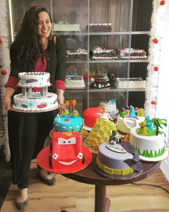 Ekta Sandhir,  fondant, 3D, cakes, christmas, love, ahmedabad, celebrations