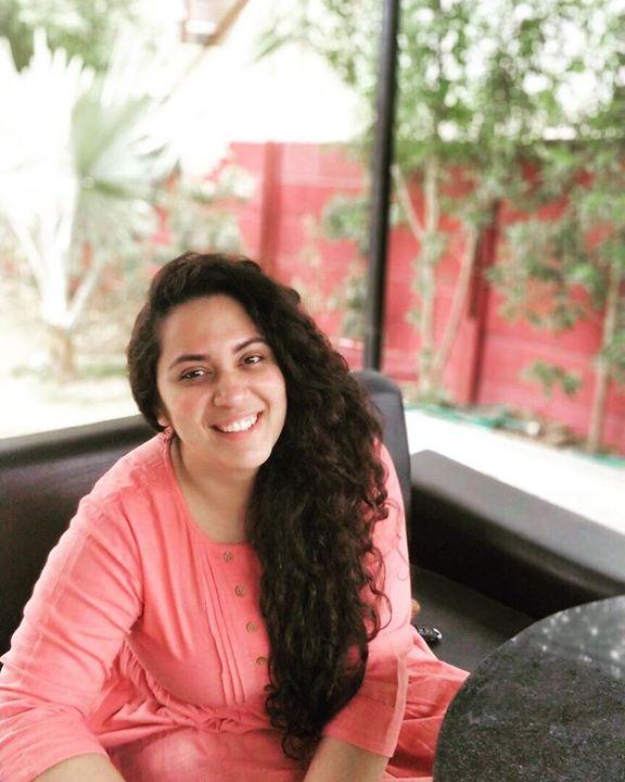 Ekta Sandhir, Curls & Curves | Ahmedabad's First Morning Notification On Mirchi Love 104 | Food | Fashion | Life Conversation's with Hello Hello | Glow & Grow