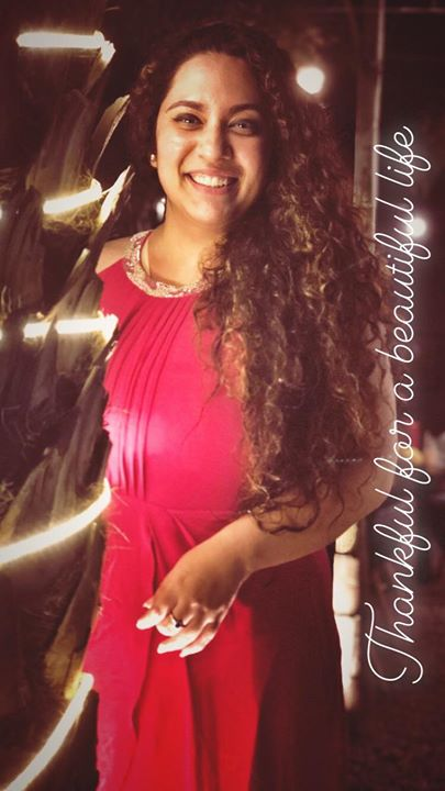 Ekta Sandhir,  Curls & Curves   Ahmedabad's First Morning Notification On Mirchi Love 104   Food   Fashion   Life Conversation's with Hello Hello   Glow & Grow