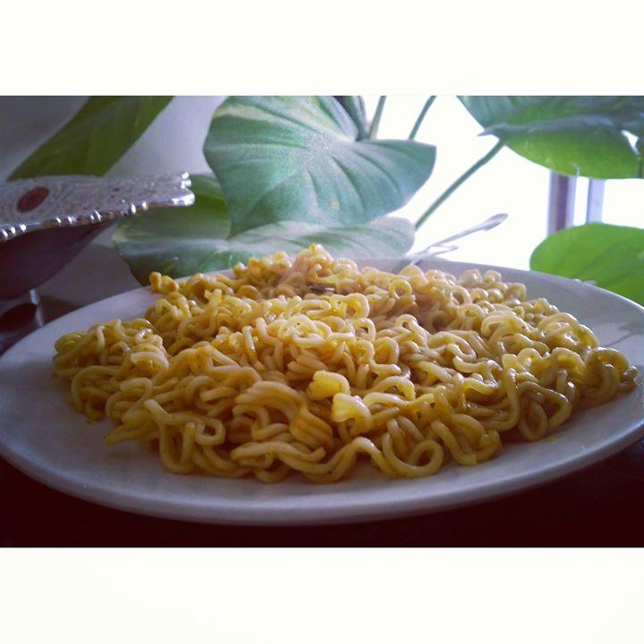 That's my Monday morning food.. Tame shun khadhu ?