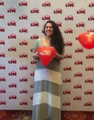 Love is in the air !  Mirchi 104 FM ! #justpyaarkiyeja