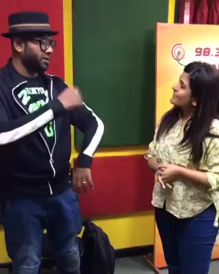 Peepalz ! Our own @rjnehal with @bennydayalofficial at @mirchiahmedabad this Morning @yrf
