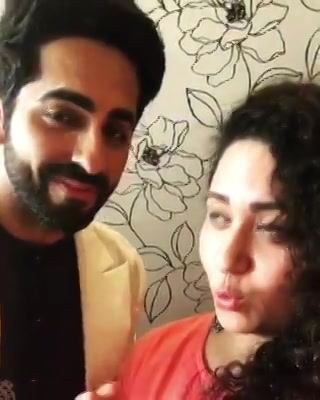 सुबह की पहली notification Ekta meets  @ayushmannk in Ahmedabad for the promotion of @bareillykibarfi - More on Mirchi Love 104 Soon