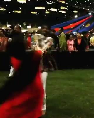 Superstar Malhar Thakar ગરબા કરે ત્યારે ભલ ભલી છોકરીયો શરમાઈ જાયે  જોરદાર સ્ટેપ્સ સાહેબ ના 😁💃🏻🙏🏼🙏🏼 Maja Padi 😁