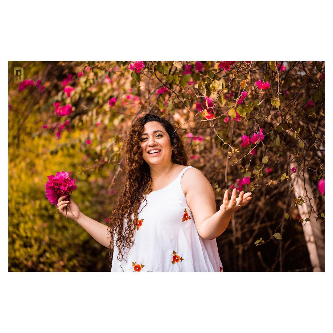 Love Runs through my veins,  I am Made of it ! ————————————— Unapologetically Me - Captured by Don @dushyantravaldz ————————————— . . . . . #ahmedabad #life #summer #bougainvillea #flowers #summerlove #love #happy #smile #me #vibes #cool